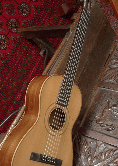 1860-James-Ashborn-Style-3-Guitar-408x572