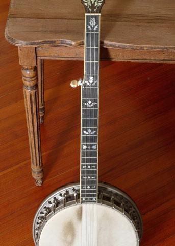 1928-Bacon-&-Day-Super-Banjo-5-String-343x480