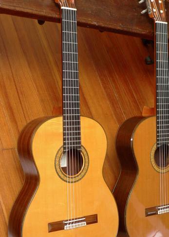 1976 Kohno 15 Classical Guitar